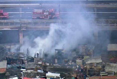 Incêndio atinge Favela do Moinho, no Centro de São Paulo